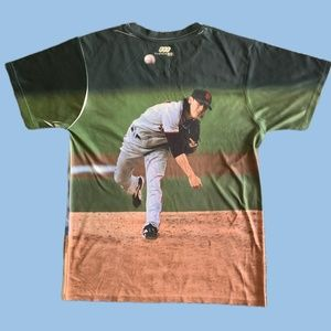 San Francisco Giants Tee Shirt w/ Pitcher Picture